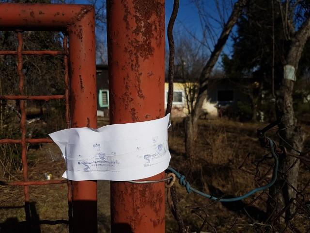 Tragedia w Zgierzu. Policjanci znaleźli zakopanego noworodka