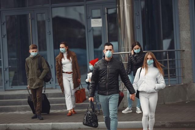 Eksperci: w tych miejscach najłatwiej zarazisz się koronawirusem SARS-CoV-2