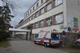 Koronawirus - Pomorze: Bytowski lekarz wrócił z Włoch, pracuje normalnie. Pacjenci i personel szpitala oburzeni