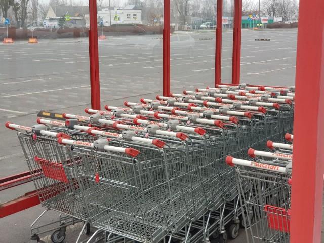 Od dziś obowiązuje przyjęta wcześniej zasada, zgodnie z którą sklepy będą mogły być czynne tylko przez siedem niedziel w roku.