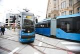 Wykolejenie i awanturnik w tramwaju. Pasażerowie MPK znów mają kłopoty