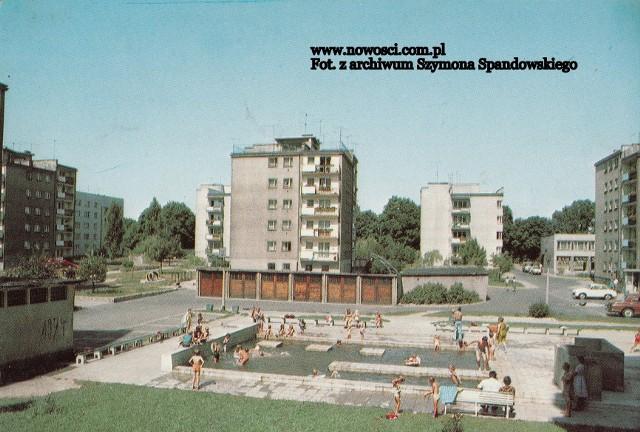 """Poza basenami oficjalnymi, mogliśmy również korzystać z basenów osiedlowych.Zobacz też:Co z budową parkingów """"park and ride"""" w Toruniu?"""