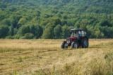 Te ciągniki rolnicze zaorają niejedno pole. Zobacz traktory, które kupisz na OLX do 10 tys. zł [OFERTY 29.03.2021]