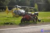 Śmigłowiec LPR z rannym motocyklistą zawadził o drzewo. Dramatyczna akcja ratunkowa pod Włocławkiem [wideo, zdjęcia]