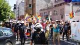 Marsz równości w Katowicach. Policja rozgoniła przeciwników. Będzie wniosek do sądu o ukaranie organizatorów