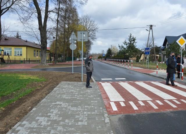 Przebudowa droga w sąsiedztwie Szkoły Podstawowej w Kościelcu