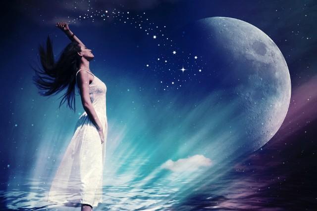 Horoskop dzienny, 11 października. Horoskop na dziś. Sprawdź co w horoskopie na dziś. Znaki zodiaku odsłonią Twoją przyszłość.