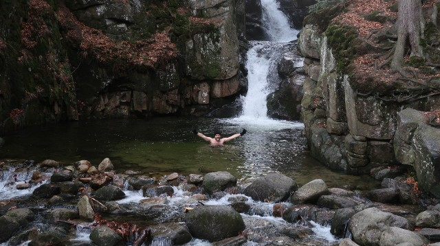 Wodospad Podgórnej w Przesiece to idealne tło dla orzeźwiających kąpieli (autor fotki: Archiwum prywatne)