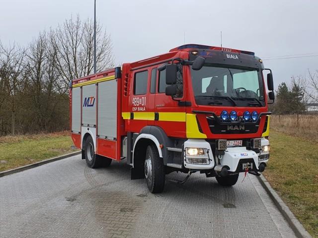 W czwartek (10.12) w Kielcach strażacy-ochotnicy z Białej odebrali wyczekiwany samochód.