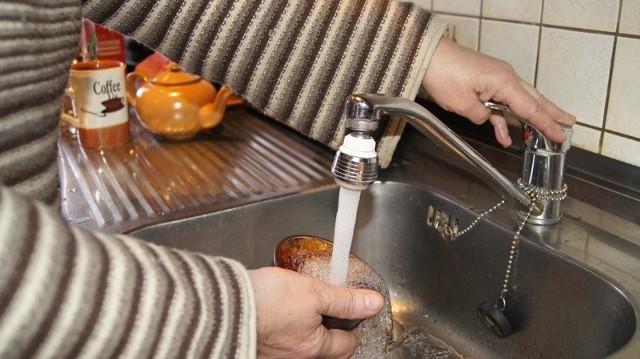 Lokatorzy chcą wiedzieć, czy przerwa w dostawie ciepłej wody potrwa naprawdę dwa tygodnie