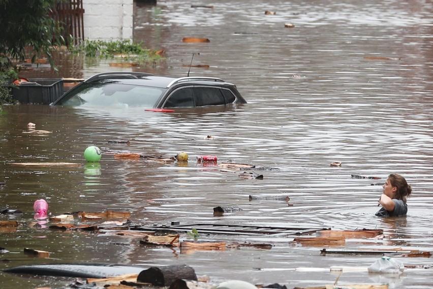 Pogodowy koszmar w Niemczech, Belgii, Holandii i Szwajcarii [ZDJĘCIA] [WIDEO] Potężne ulewy i powodzie, ponad sto ofiar śmiertelnych