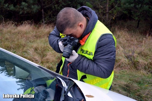Aparat fotograficzny to jedno z podstawowych narzędzie w pracy technika kryminalsityki
