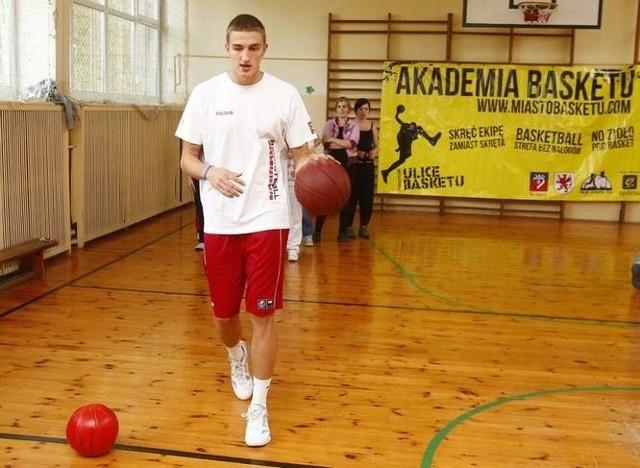Tomasz Gielo walczy o NBA.