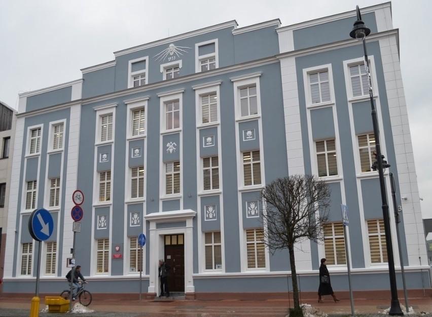 Prokuratura w Tucholi o zwolnieniu z aresztu oskarżonych o zabójstwo noworodka w Witkowie dowiedziała się z mediów