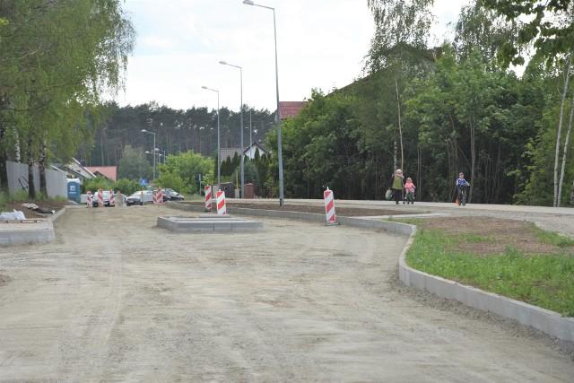 W rejonie SP nr 2 w Szubinie lada moment rozpocznie się kladzenie asfaltu