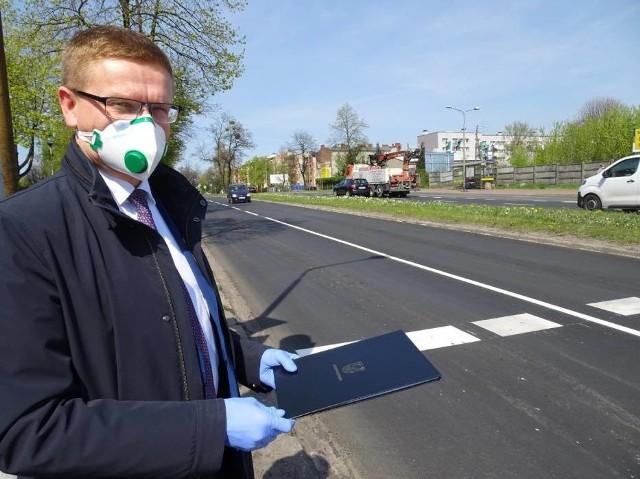 Prezydent Częstochowy Krzysztof Matyjaszczyk apeluje o noszenie maseczek