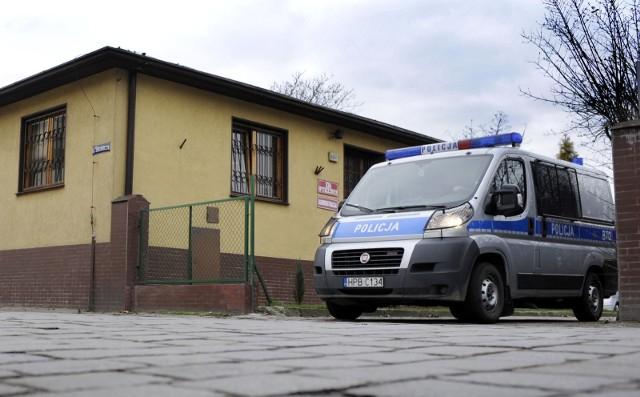 Babcia wybrała się z wnuczką na plac zabaw w Bydgoszczy. 4-latka została, babcia zniknęła.