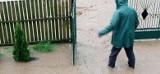 Czaple Małe. Mieszkańcy uważają, że wykonana przebudowa drogi spowodowała zalewanie ich posesji