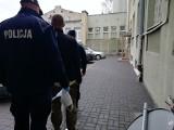 Tragedia w Ozorkowie. Zwłoki zamordowanego kolegi zawinęli w koc i ukryli w komórce