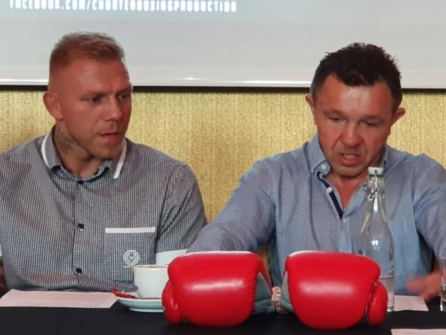 Dariusz Snarski (z prawej) wierzy w zdobycie tytułu przez Przemysława Gorgonia