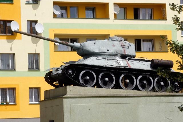 Radziecki T-34 na cokole to dziś wizytówka Ścinawy