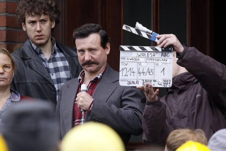 """Robert Więckiewicz, odtwórca tytułowej roli, na planie filmu """"Wałęsa. Człowiek z nadziei"""""""