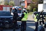 Wypadek w Pierwoszynie! 12.05.2021 r. Kierowca samochodu wymusił pierwszeństwo na motocykliście, który wpadł na inny pojazd