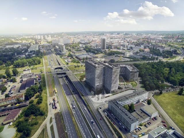 Najnowszy projekt biurowy realizowany jest na działceu  zbiegu ulicy Chorzowskiej i Grundmanna, tuż przy wjeździe do centrum Katowic, w sąsiedztwie Drogowej Trasy Średnicowej i naprzeciw Silesia City Center.