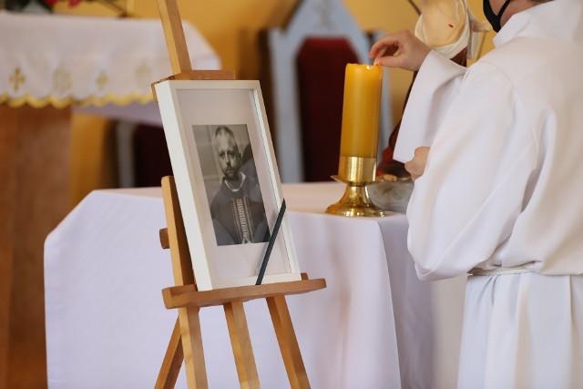 Msza św. za duszę ks. Pawła Mieleckiego została odprawiona w parafii pw. bł. Jerzego Popiełuszki w Krakowie