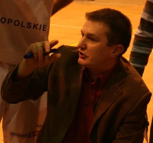 Trener Tomasz Włodowski z zespołem II-ligowej Pogoni pracował przez pięć i pół roku.