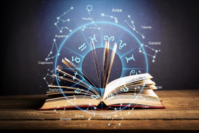 Horoskop miesięczny na kwiecień 2021 dla wszystkich znaków zodiaku.Sprawdź przepowiednie wróżki Lorelei. Przesuwaj zdjęcia w prawo - naciśnij strzałkę lub przycisk NASTĘPNE