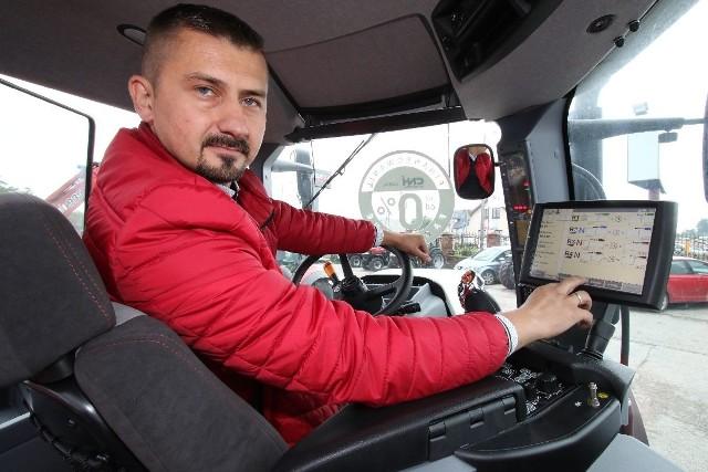 - Technologia produkcji ciągników musi wyprzedzić wymagania rolników - mówi Krzysztof Surowiec z firmy Kisiel w Górnie.