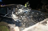 Wierzchłowce. Mercedes uderzył w ciągnik (zdjęcia)
