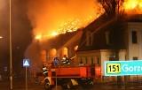 Pożar w Barlinku: Spaliła się zabytkowa hala. Straty można liczyć w milionach złotych