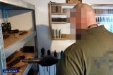 Handlarze broni w rękach policji. Zatrzymano 63 osoby, zarekwirowano potężny arsenał