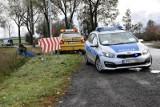 Zderzenie osobówki i dostawczaka na DK62 w Pikutkowie