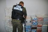 Próbowali przemycić papierosy za 175 tysięcy złotych. Wpadli na granicy. (zdjęcia)