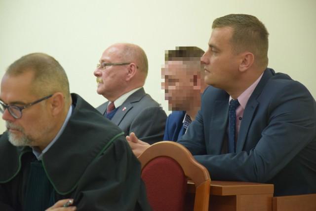 Grzegorz Gabryelski, Krzysztof C. oraz Bartłomiej Kucharyk stawili się w sądzie w komplecie.