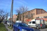 Zobacz, jak dzisiaj wygląda dawna fabryka dywanów przy ul. Wiejskiej w Zielonej Górze, za siedzibą Narodowego Banku Polski