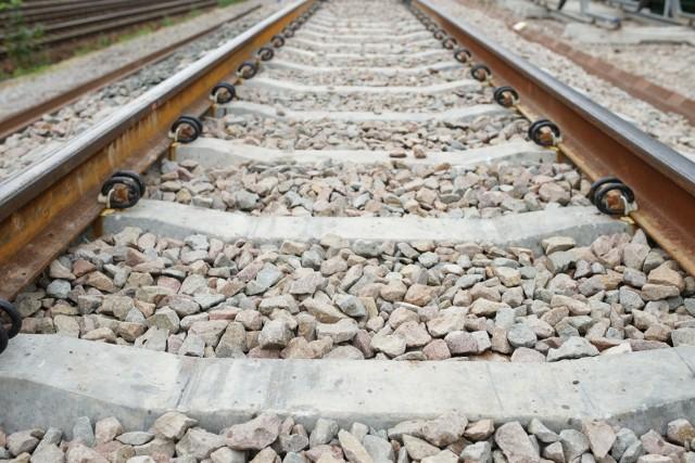Pociąg śmiertelnie potrącił mężczyznę /zdjęcie ilustracyjne