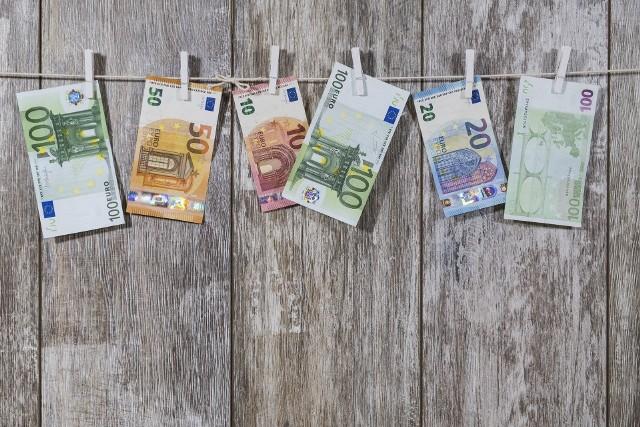 Płaca minimalna w Polsce i na świecie - czy za najniższą krajową da się przeżyć? W jakim kraju zarabia się najwięcej, a wydaje najmniej? [RANKING]