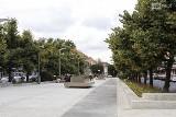 Plac Adamowicza w Szczecinie już gotowy. Zakończyła się przebudowa [ZDJĘCIA]