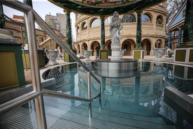 W Pałacu Saturna termach Rzymskich w Czeladzi powstała ostatnio największa na świecie sauna Colosseum Zobacz kolejne zdjęcia/plansze. Przesuwaj zdjęcia w prawo - naciśnij strzałkę lub przycisk NASTĘPNE