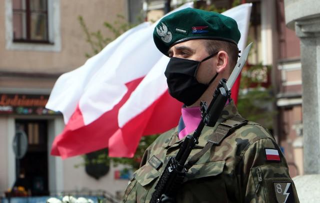 Uroczystości z okazji 76. rocznicy zakończenia II wojny światowej w Grudziądzu.