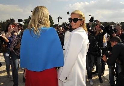 259e6beff3 zobacz galerię (4 zdjęcia). Paris Hilton nie przyjedzie na targi mody do  Rzgowa.