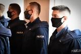 Białystok. Ślubowanie policjantów w podlaskiej policji. Ośmiu nowych funkcjonariuszy dołączyło do służby [ZDJĘCIA]