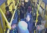 Bójka w autobusie w Radomiu. Kontroler biletów użył gazu wobec pasażera na gapę. Wyleci z pracy?