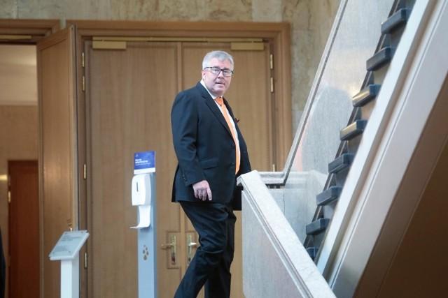 Ryszard Czarnecki: Wpłaciłem pieniądze (30 tys. zł), ale nie przepraszam Róży Thun i odwołuję się od wyroku