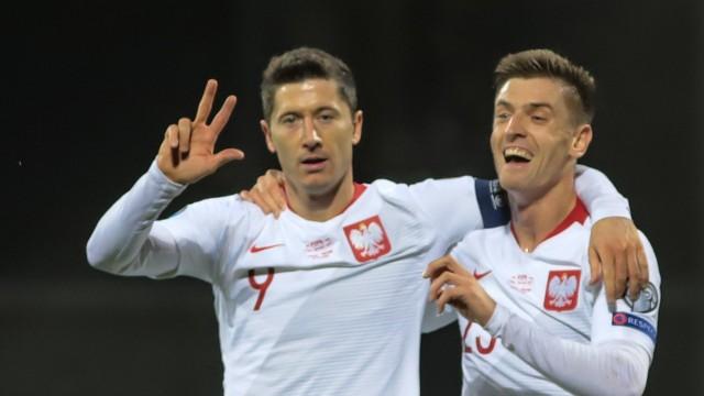 Robert Lewandowski i Krzysztof Piątek będą w dobrych humorach po meczach Ligi Narodów