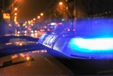 Śmiertelny wypadek w Wiechlicach. Kierowca miał zakaz prowadzenia i wyprzedzał w niedozwolonym miejscu. Nie żyją dwie osoby
